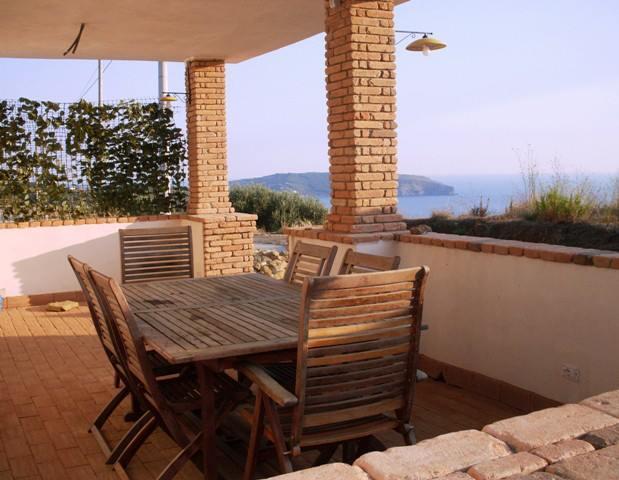 terrazzo di una casa vacanza a palinuro